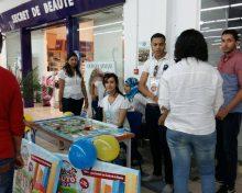 Nos jeunes bénéficiant du Company Program animent des stands à Marjane pour la vente de leurs produits